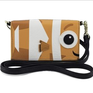 Loungefly x Finding Nemo Dory Crossbody Wallet